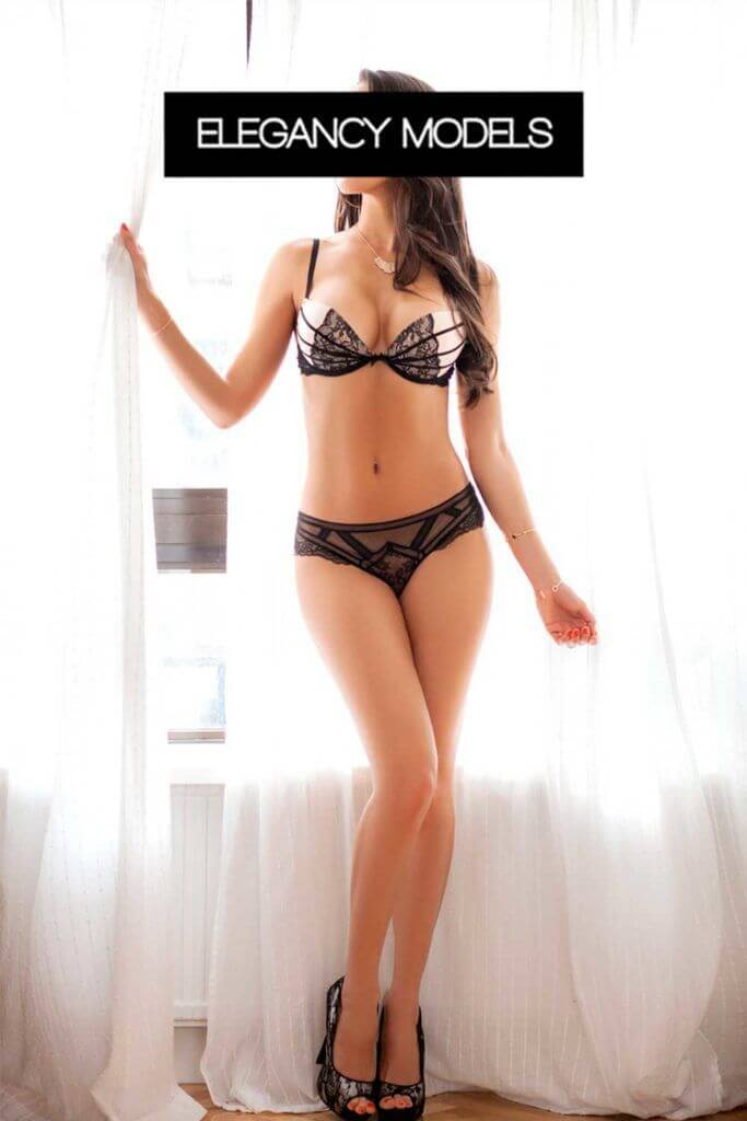 carla escort madrid2 1