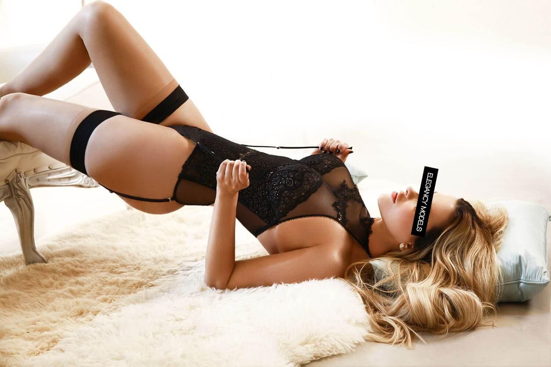Karina Elegancy Londres 4